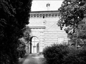 Portale accesso al cortile – Castello Serbelloni